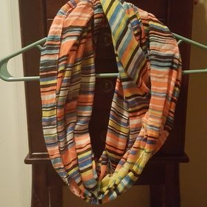 Infinity scarf GUC